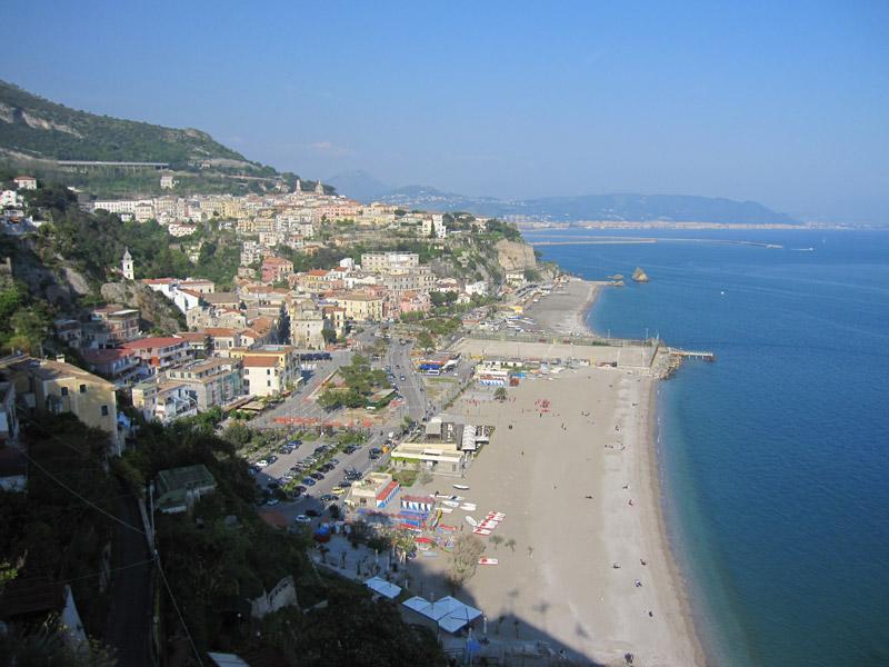 01-Salerno-Hafen